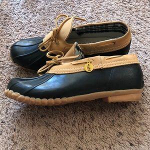 Sporto size 9M waterproof duck shoes